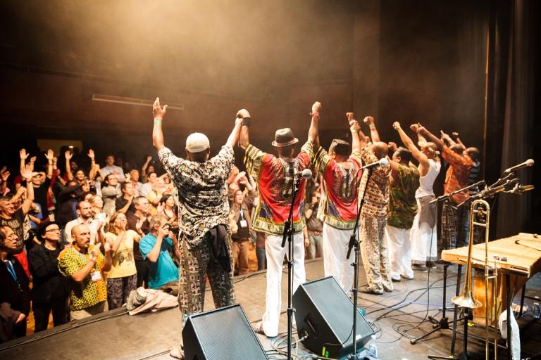 Abavuki, live. (Image source: www.abavuki.com)